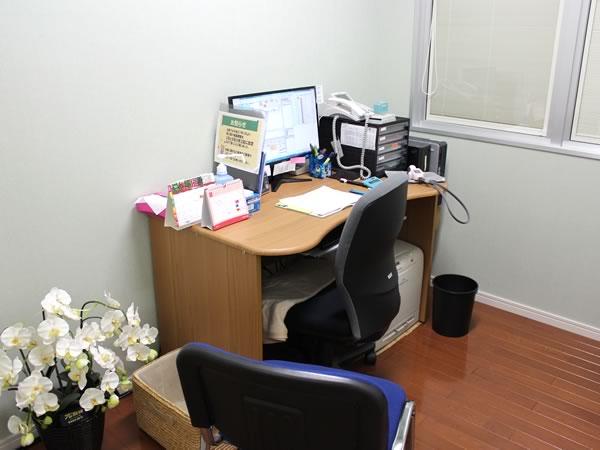 大村市の古賀島町、内科一般・糖尿病を専門とするちくばクリニック|問診室