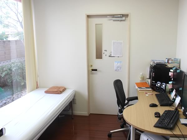 大村市の古賀島町、内科一般・糖尿病を専門とするちくばクリニック|診察室